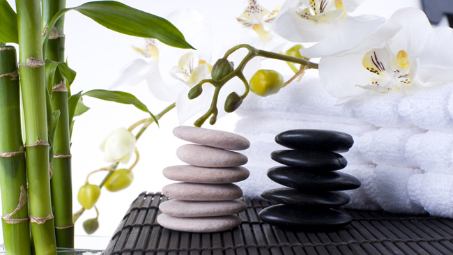 Come organizzare il soggiorno con il feng shui vestire for Feng shui arredamento