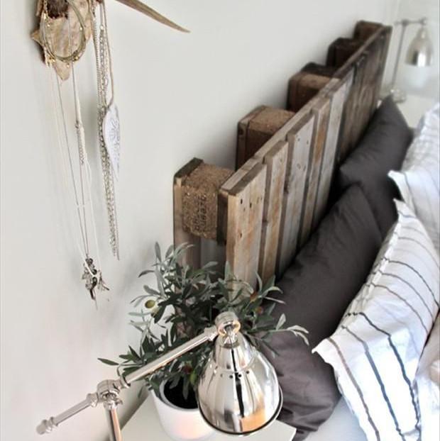 Idee per una stanza da letto economica ed ecologica - Idee testiera letto ...